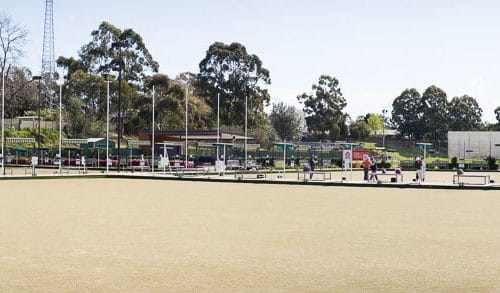 bowling-at-asquith